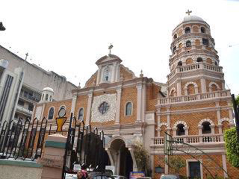 Sta Cruz Church