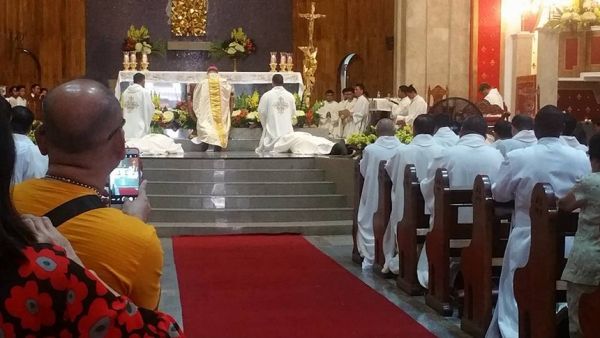 Two Sacramentinos Ordained Priests in Manila