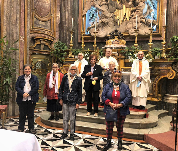 Festive Celebration in Santa Maria in Piazza at Turin for the 25th Anniversary of promises in the Aggregation of the Blessed Sacrament