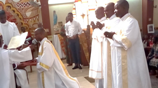 Four new deacons ordained in Maputo